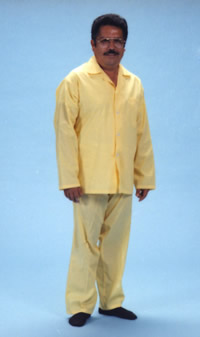 Man wearing a two pieces yellow pijamas